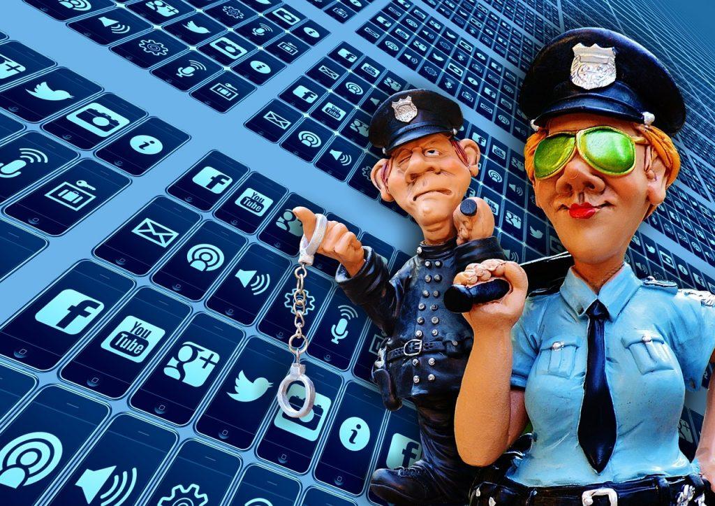Facebook, vie privée, droit à l'image: enfants et compagnie